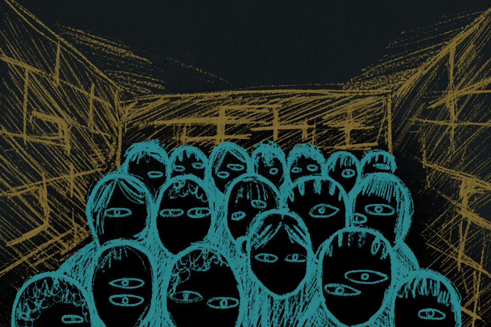 zdjęcie przedstawia kilkanaście niewolnic zamkniętych w małym pomieszczeniu